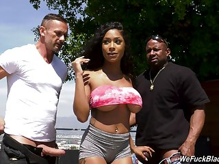 Inked hyacinthine bombshell Sarai Minx sprayed with cum in a gangbang