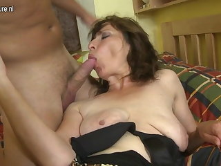 Hairy mom fucking her son's best side