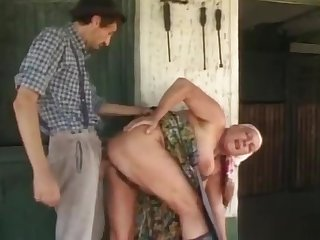Beamy granny gets a huge load