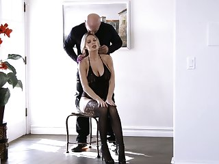 Bullshit flirt autumn fair-haired with huge tits and scrumptious booty Kenzie Taylor gets laid