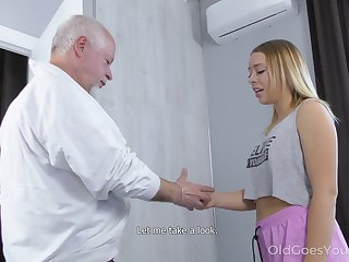Naturally stuck Russian girl Daniella Margot provides old pervert with BJ