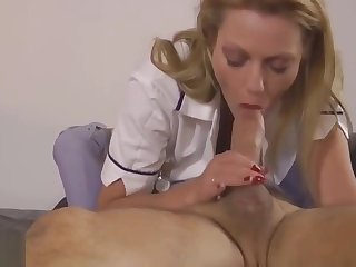 Bigtits babe makes grey man to spray jizz