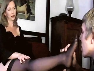 Adult Mom Foot Fetish! Amateur!