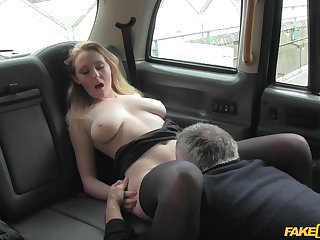 Nasty taxi driver offers Ruby Temptations regarding be fucked for a free ride