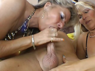VXXL Mud Slide Of The Mouth Pussies - TacAmateurs