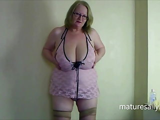 One be worthwhile for my originally videos in pink teddy & seamed stockings