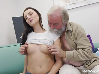 Sweet babe Katy Rose takes money to essay sex with an older guy