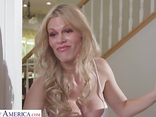 Domineer mommy Casca Akashova hardcore sex video