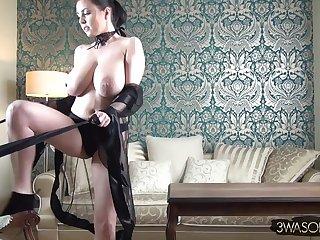 Big-Breasted angel tantalizing evil spirit - Striptease